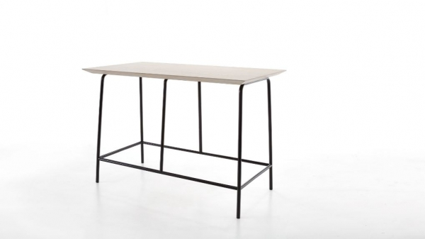 Toffe Bar Table