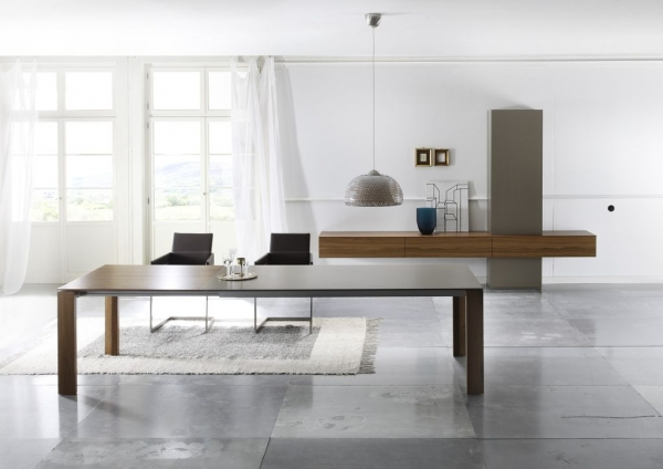 PONDUS Dining Table